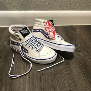 NEW Kids Vans, Sk8 Hi White Leather Stars Stripes